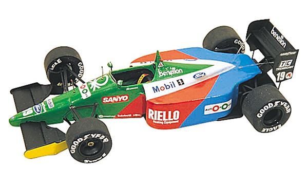 Tmk119 benetton ford b189 usa gp 1990 nannini piquet mint sh for Benetton usa online shop